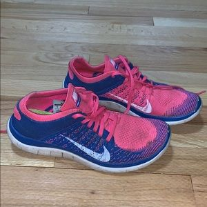 Nike Tennis Shoes!